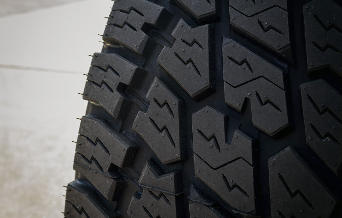 tread pattern on nitto terra grappler a/t tires