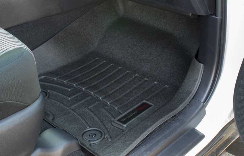 front weathertech digitalfit floor liners in a custom 2016 toyota 4runner sr5
